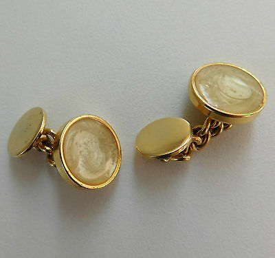 Round cufflinks Chain fitting suitable for men or women swirly bubble design