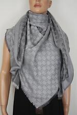 GUCCI Strickschal mit GG Jacquard-Muster 140x140 cm Wolle/Seide grau NEU 281942