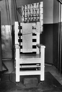 Details about Framed Print – Tattnall Prison Electric Chair Execution  Chamber (Picture Poster)