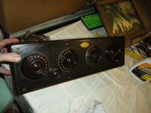 VINTAGE RADIO ATWATER KENT MODEL 20