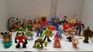 Mixed-Lot-of-26-Assorted-Vintage-Movie-amp-TV-Toys-Action-Figures-Fast-Shipping