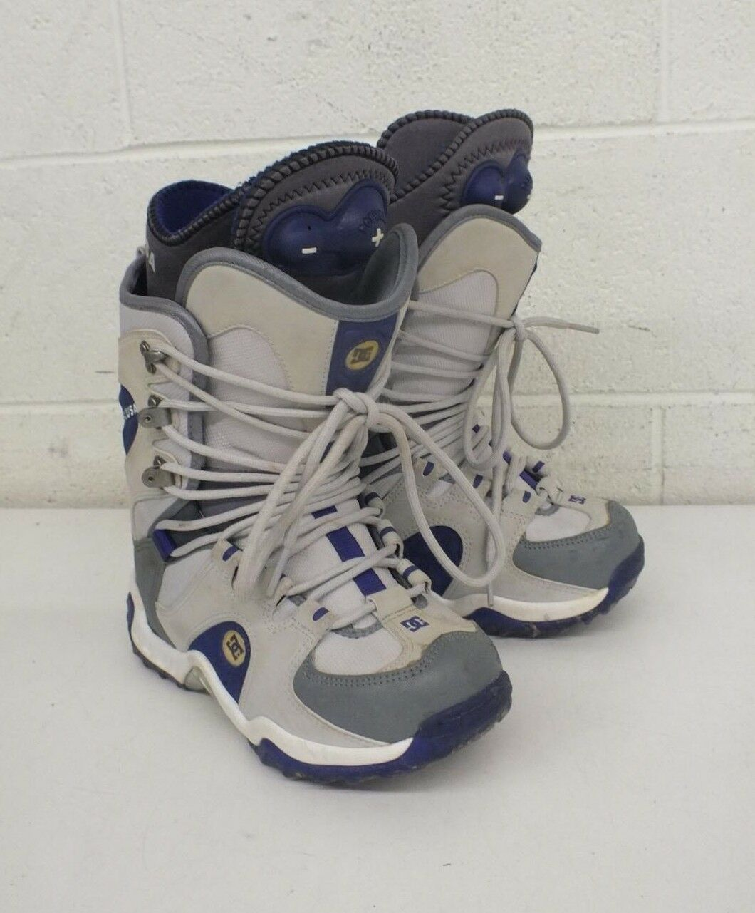 DC Eris High-Quality All-Mountain Snowboard Boots US Women's 7 GREAT LOOK