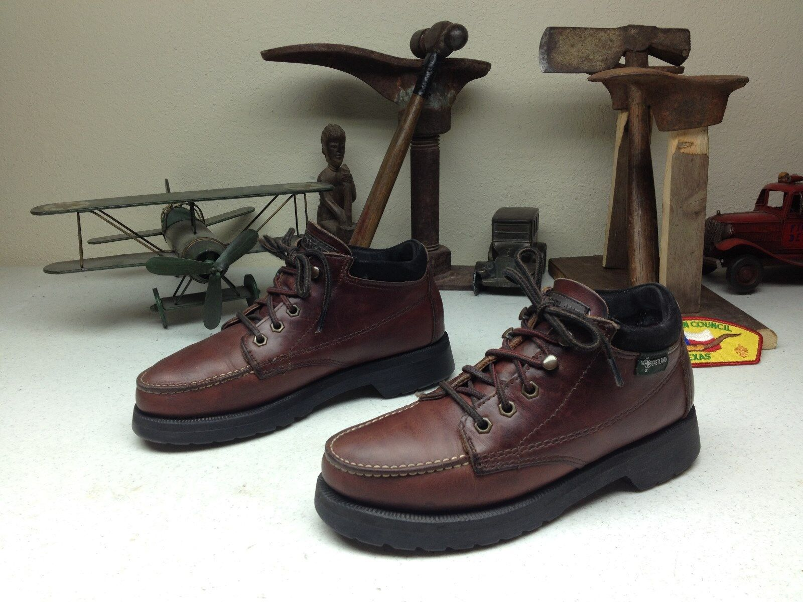 DISTRESSED BROWN OXBLOOD LEATHER MADE IN USA EASTLAND LACE UP HIKING BOOTS 8M