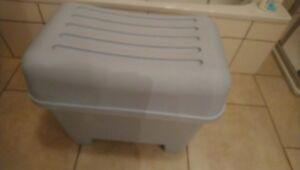 Details zu IKEA BURSJÖN mit Aufbewahrung Bad/Kinderzimmer oder, oder...