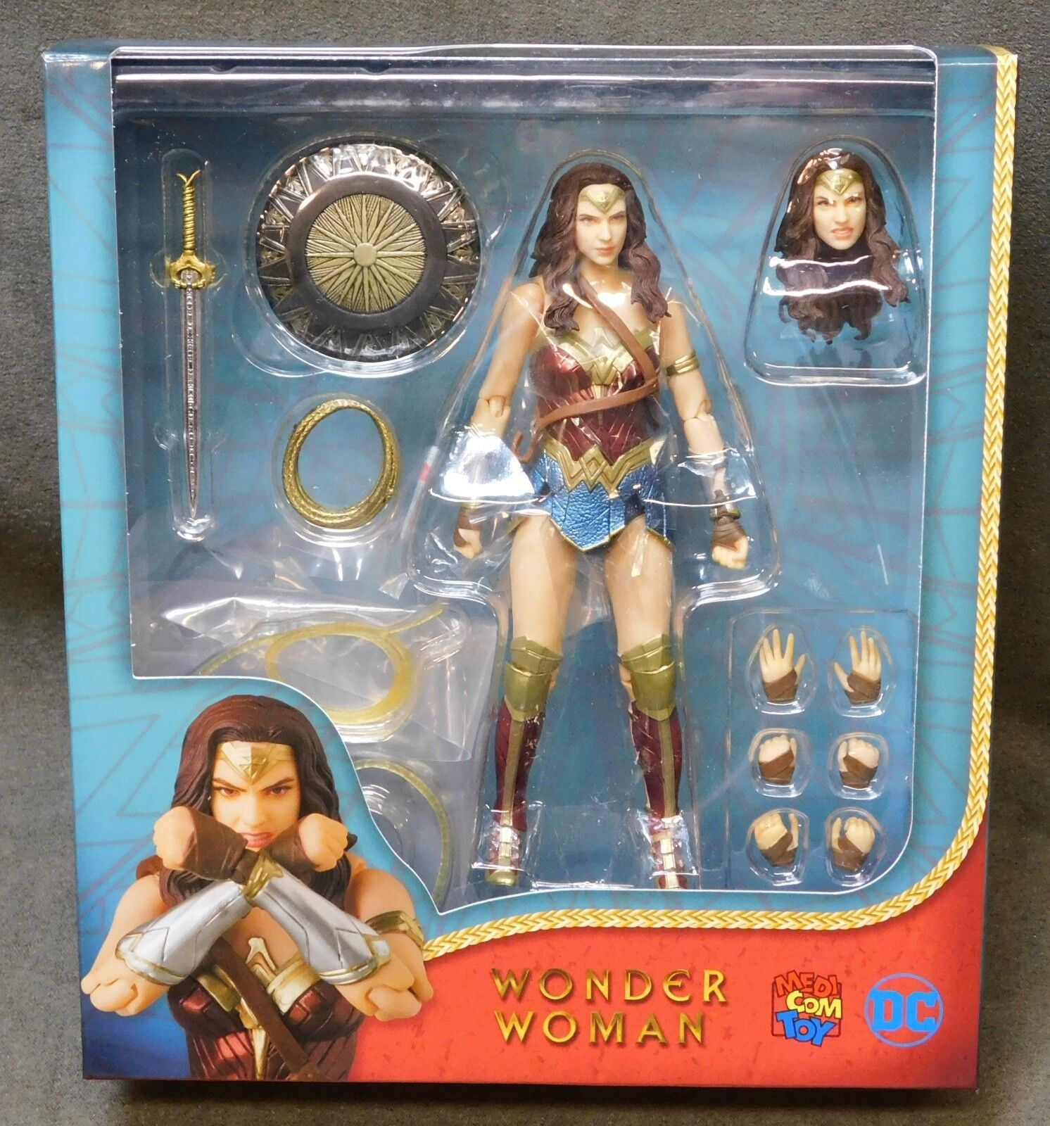 Wonder Woman MAFEX 6