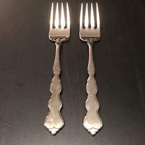 Oneida-VALERIE-2-Two-Salad-Forks-Stainless-Flatware-Distinction-Deluxe-HH