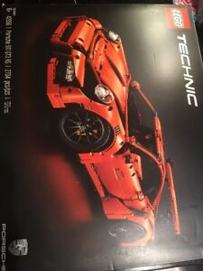 LEGO Technic Porsche 911 GT3 RS 42056 Brand new Sealed Wear Box
