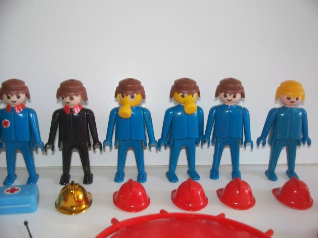 Vtg 70's PLAYMOBIL FIRE FIGHTERS & & & Accessories DELUXE SET Near Complete SCHAPER bf097d