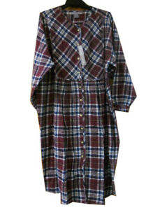 Image is loading MENS-LADIES-Traditional-Flannel-Checked-NIGHTSHIRT -ROBERT-STOCK- e6f557bee