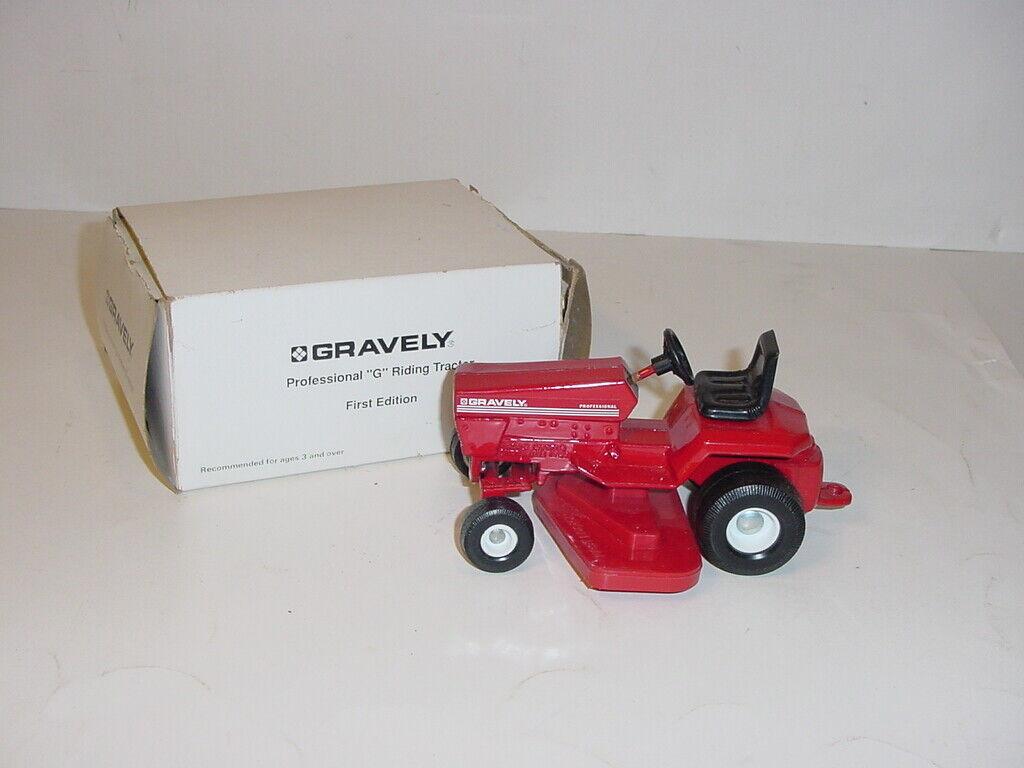 1 16 GRAVELY Professional  G  1st Ausgabe Lawn & Garden Tractor WBox