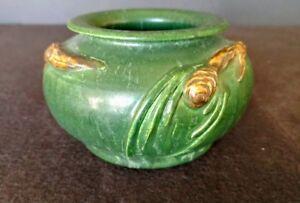 Ephraim-Pottery-Faience-Pottery-Green-Pinecone-Vase-Laura-Klein-Retired-Shape