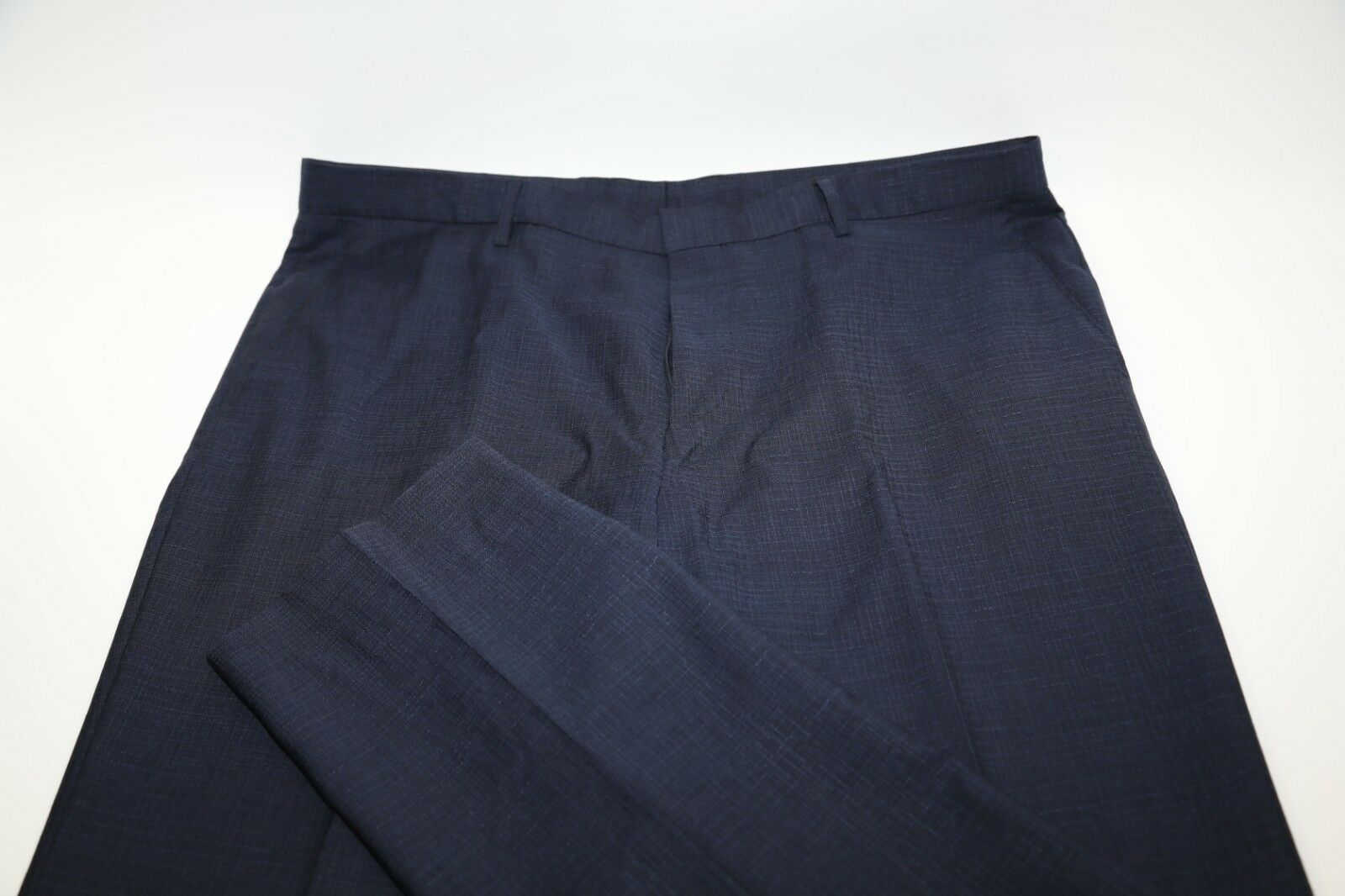 Hugo Boss bluee 100% Wool Flat Front Pants Size 38