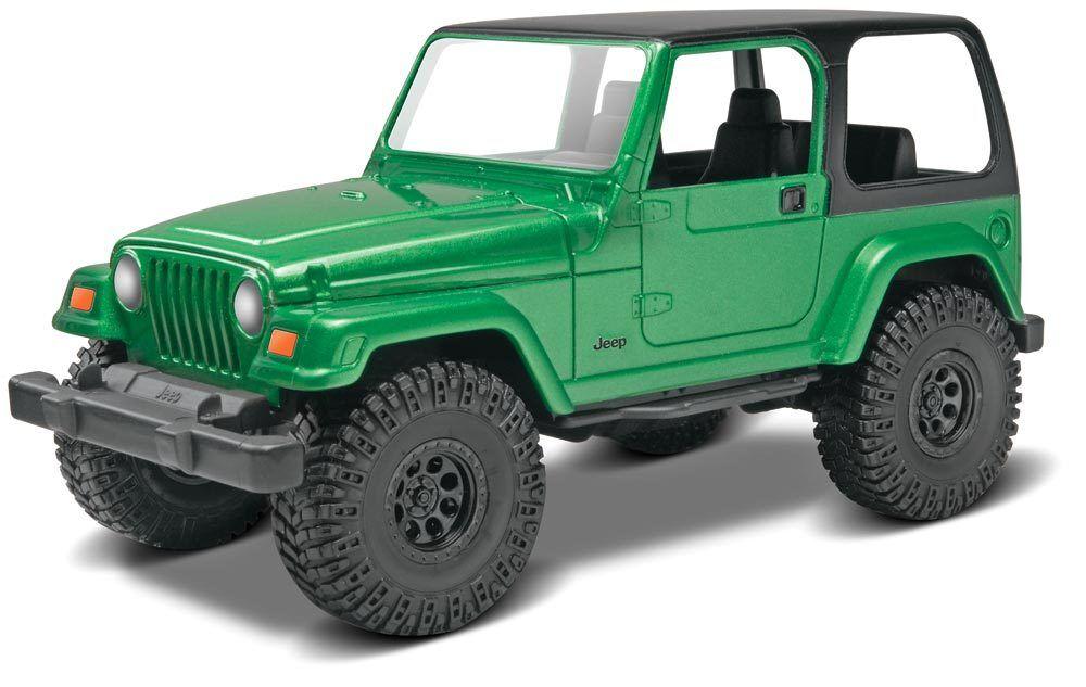 2015 revell  25 Jeep Wrangler Rubicon Model Kit snap modeled in green
