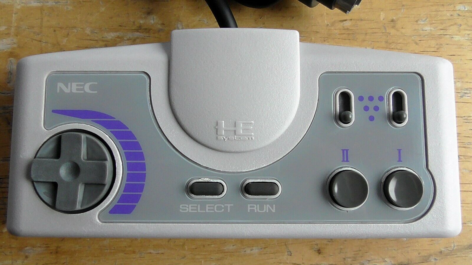 PC Engine controller turbo pad model DUO-R restored white