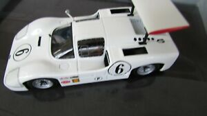 Minichamps-1-43-1967-Chaparral-2F-Chevy-427-V8-Sebring-12-Jim-Hall-Mike-Spence