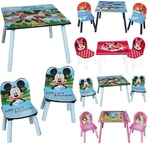 kinder tisch zwei st hle set disney holz kinder schreibtisch schlafzimmer m bel ebay. Black Bedroom Furniture Sets. Home Design Ideas