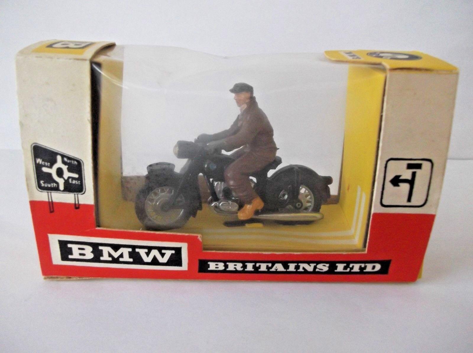 Britains BMW & Jinete. Cat-no 9688 En Caja