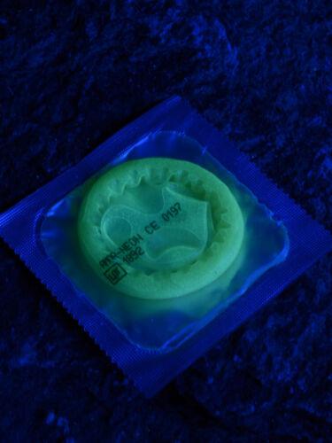 Schwarzlicht Kondom Funkondom Leuchtkondom Neon Gelb