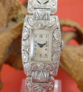 Original-Swiss-Watch-Art-Deco-Damen-Uhr-mit-Diamanten-in-Platin