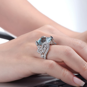 18ct-White-Gold-Magnificent-Natural-Aquamarine-and-Diamonds-Cocktail-Ring-VVS