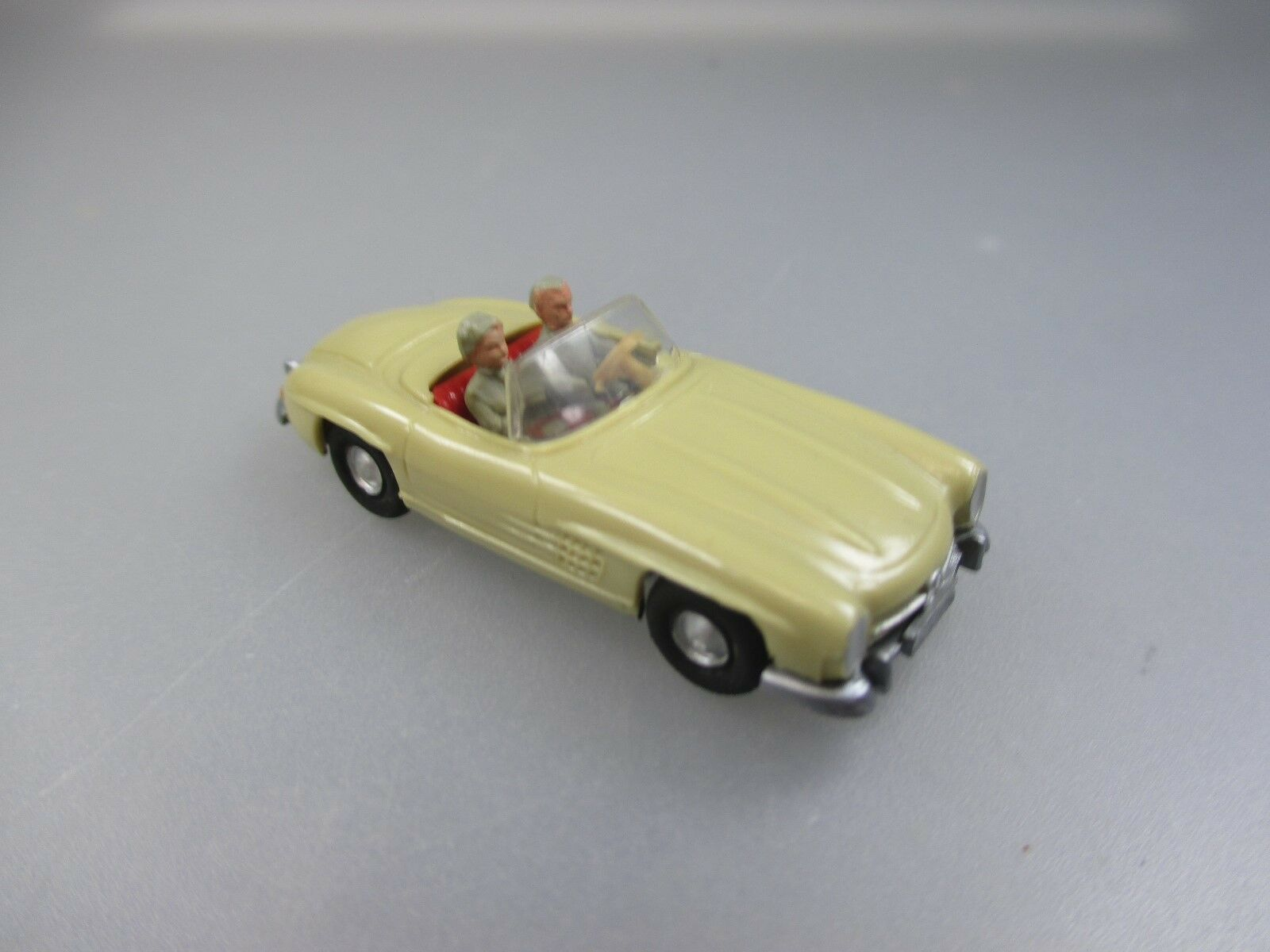 WIKING  MERCEDES BENZ 300 SL cabriolet, acides HB 388 3a (cisaillement 12)