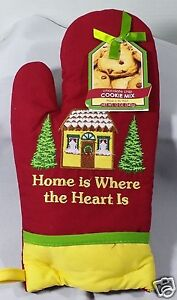 Red-Christmas-Oven-Mitt-Pot-Holder-Chocolate-Chip-Cookie-Mix-Set-Embroidered