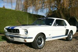 Ford Mustang Coupe GT 350 Evocation. Excellent condition throughout