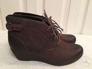 Nataline Emmi Clark's Women//Ladies Dark Brown Leather Ankle Boots