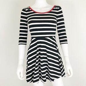Express Women s Size XS Dress Black and White Stripe Skater Dress 3 ... 60b18f3dae