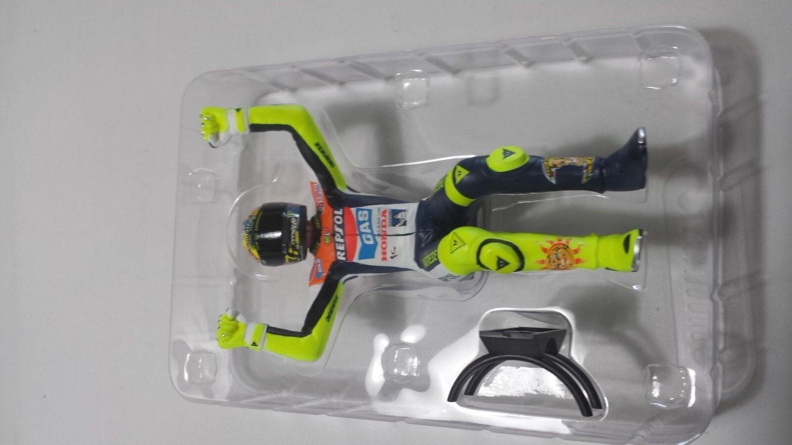 Valentino Rossi. MotoGP 2002. Figurine.  Minichamps 1 12.