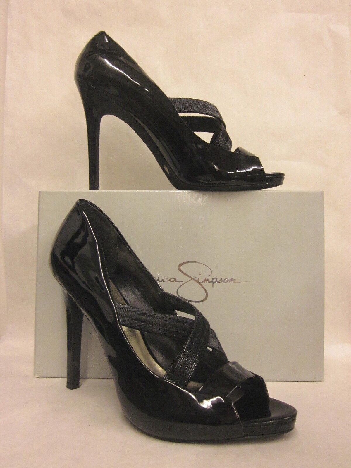 Jessica Simpson Laqua black patent open toe shoe - Size 10