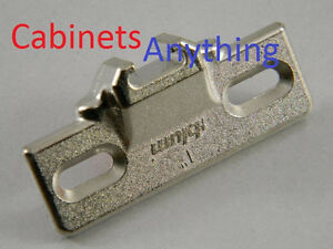 """1-1//4/""""Overlay-Blum 130.1130.02 110 Degree Compact 33 Edge Mount Plate Lot of 20"""