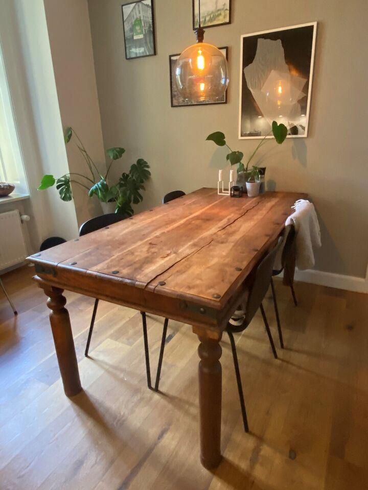 Spisebord, Egetræ Sæbebehandlet, Ukendt