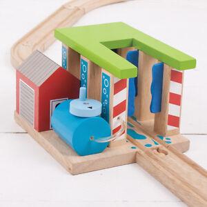 TRAIN-ENGINE-WASH-FOR-WOODEN-TRAIN-TRACK-Brio-Thomas-NEW