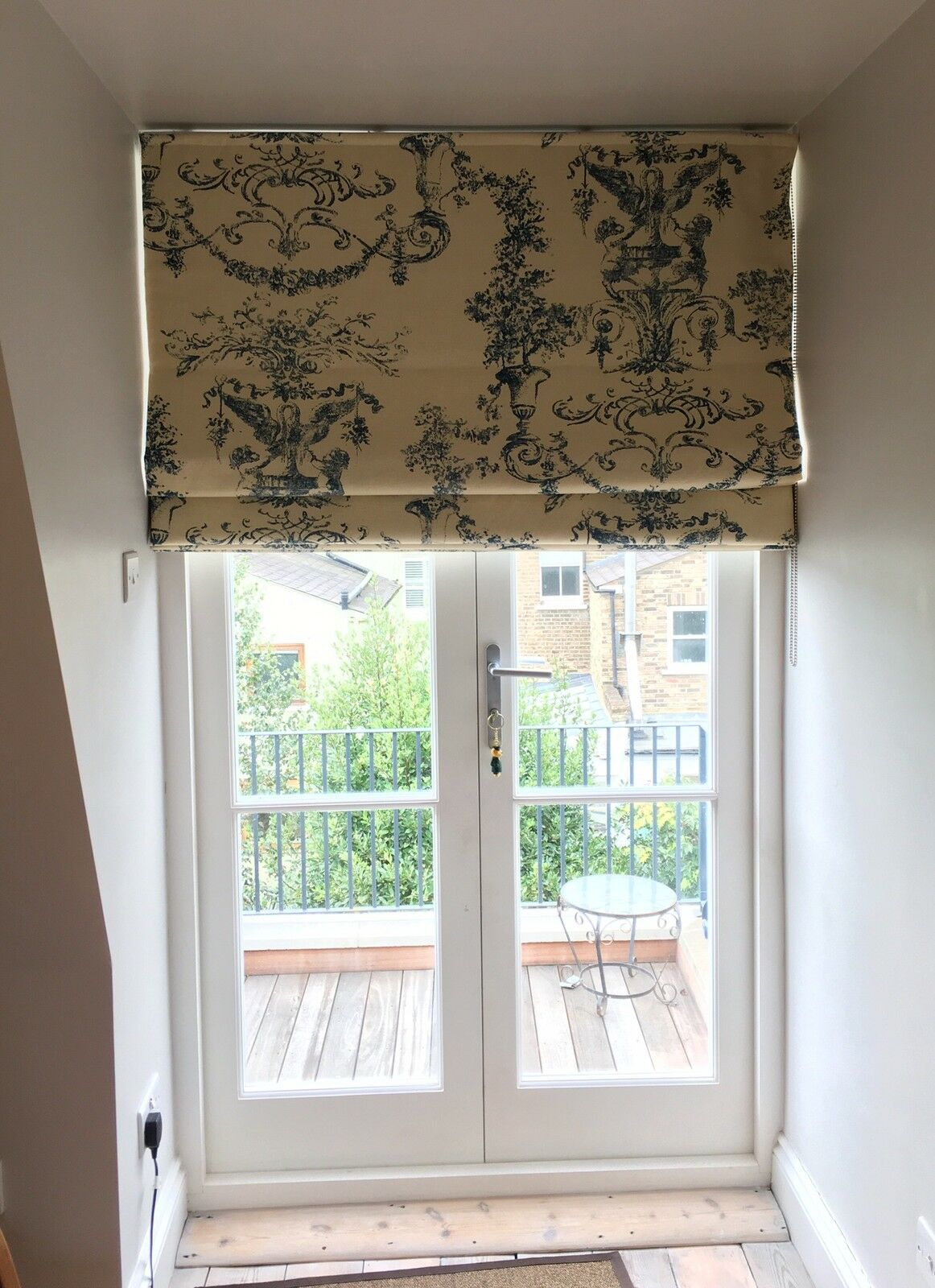 *Handmade Made to Measure Roman Blinds*.  - Free Free Free Quote - Supply your own fabric b865b4