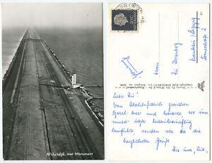 38535-Afsluitdijk-met-Monument-Echtfoto-Ansichtskarte-gelaufen