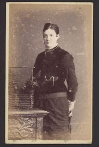 Antique-CDV-Photograph-Lady-Wearing-Velvet-Perhaps-by-Clarke-amp-Co-of-Maidstone