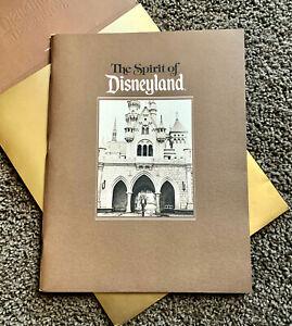 Disney-Cast-Exclusive-Spirit-of-Disneyland-1985-Anniversary-Book-30th-Park-Anniv