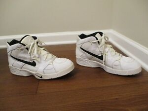 hot sale online 3f3ff 56f53 Image is loading Classic-1995-Used-Worn-Size-12-Nike-Airliner-