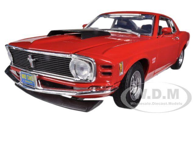 1970 MUSTANG BOSS 429 röd 1  18 DIESbil modelllllerL bil AV MOTORMAX 73154
