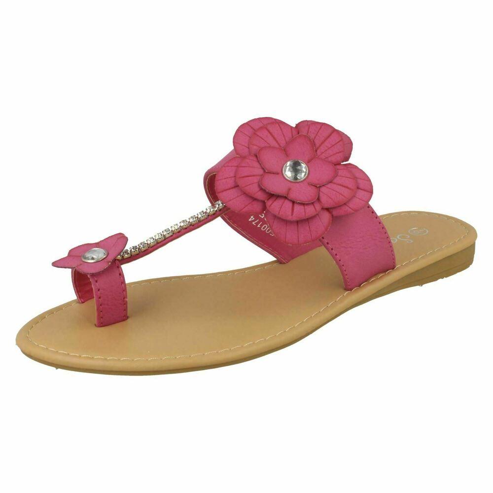 Ladies Savannah Collection Toe Loop With flower Detail Sandals F0R0174