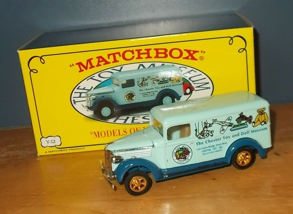 Matchbox Yesteryear YY034 SA GMC Van Chester Toy & Doll Museum gold Wheels