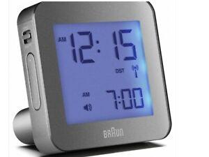 Détails sur Braun Classic Digital globalement radio contrôlée Réveil de voyage gris BNC009 afficher le titre d'origine