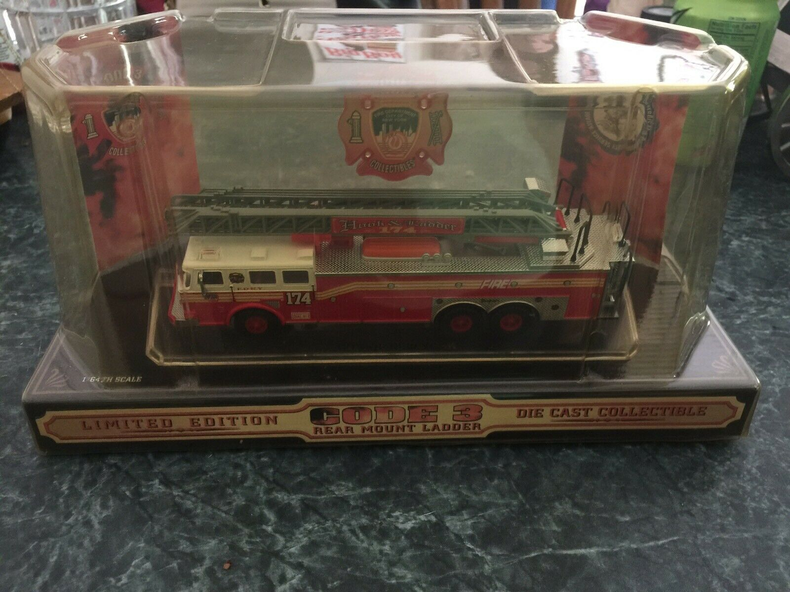 Code 3 FDNY Rear Mount Ladder 12721 Engine   174 1 0f 4000 1 64 scale
