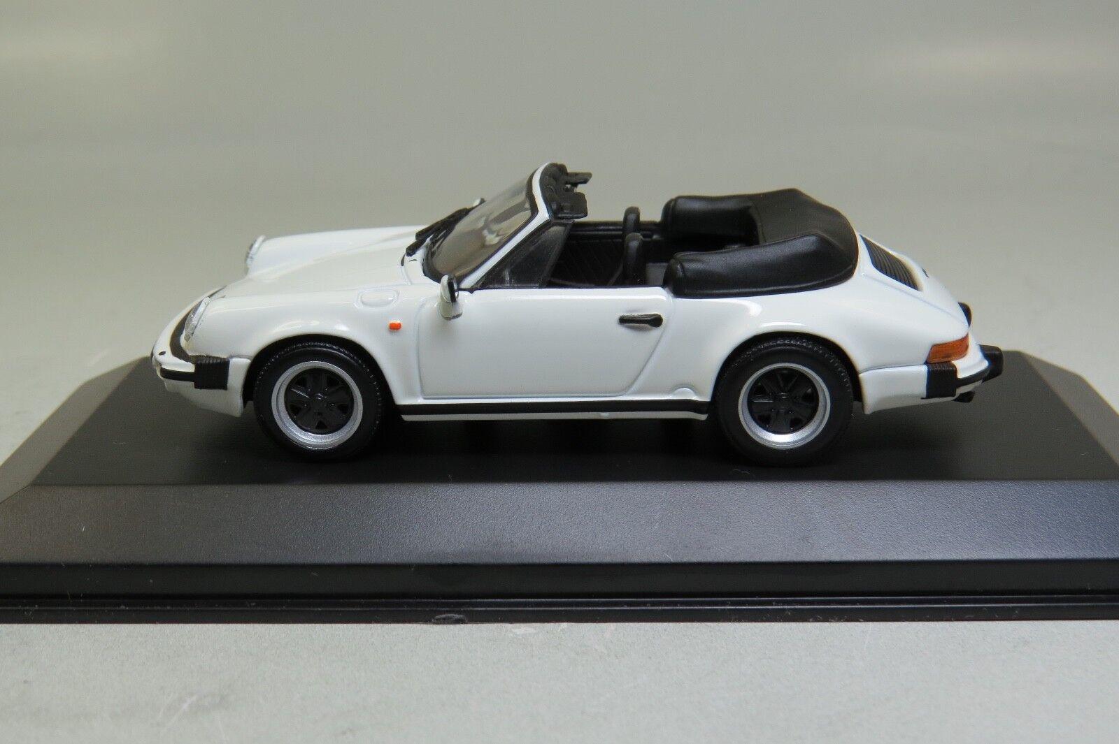 Minichamps 430062030 Porsche 911 CARRERA CABRIOLET 1983 Weiß 1 43