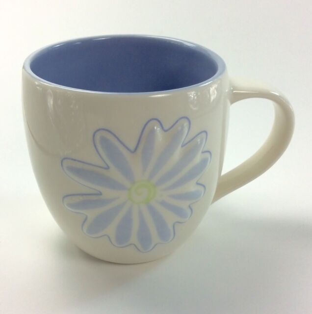 STARBUCKS Embossed Daisy Coffee Mug Flower 2006 14 ounce blue white