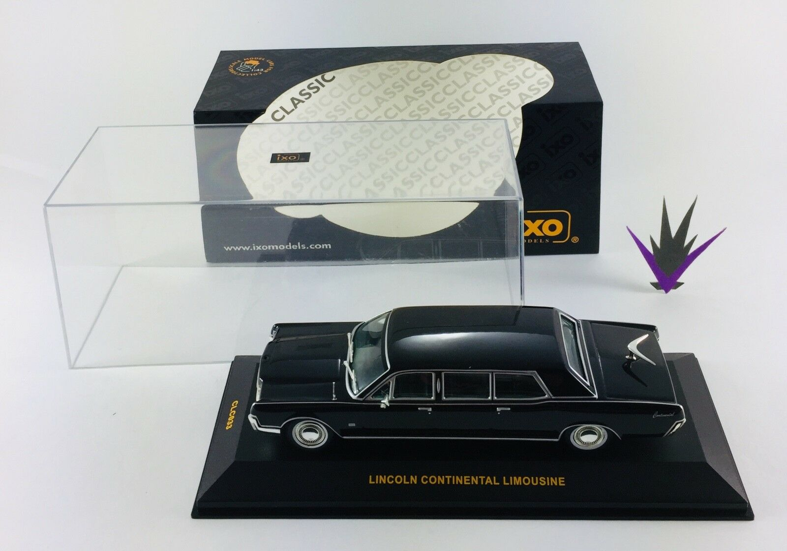 1 43 Lincoln Continental limousine Ixo