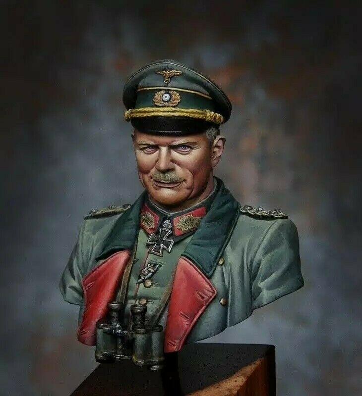 1 10  BUST Resin Figure Model Kit General Heinz Guderian