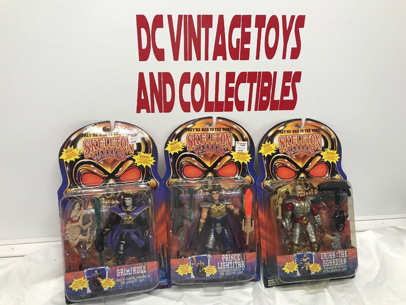 Lote de 3 Figuras De Guerreros Esqueleto Playmates Toys ursak GRIMSKULL lightstar Menta en paquete sellado