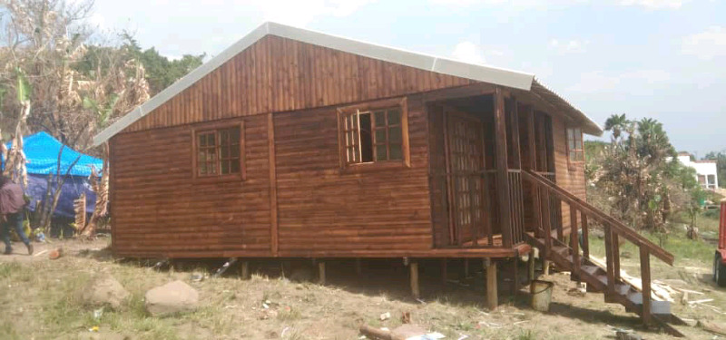Log cabin for special price call 0609590879